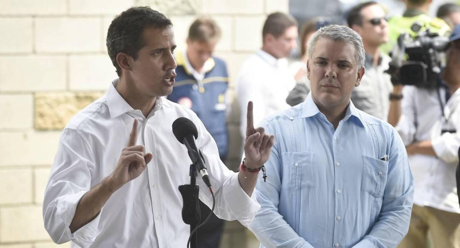 Duque (derecha) acompañó a Juan Guaidó en numerosas oportunidades en los últimos días.