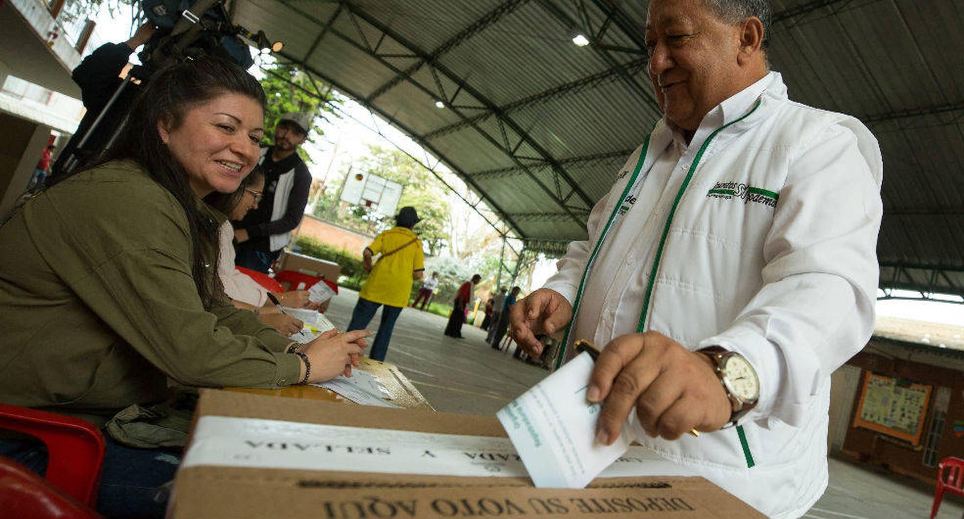 Para estas elecciones el presupuesto ascendió a unos $800.000 millones. (Foto: Daniel Reina, SEMANA)