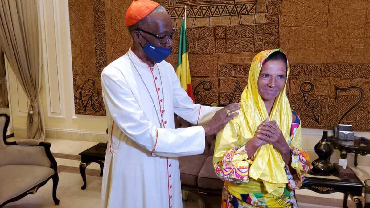 Liberan en Malí a la monja colombiana Gloria Narváez