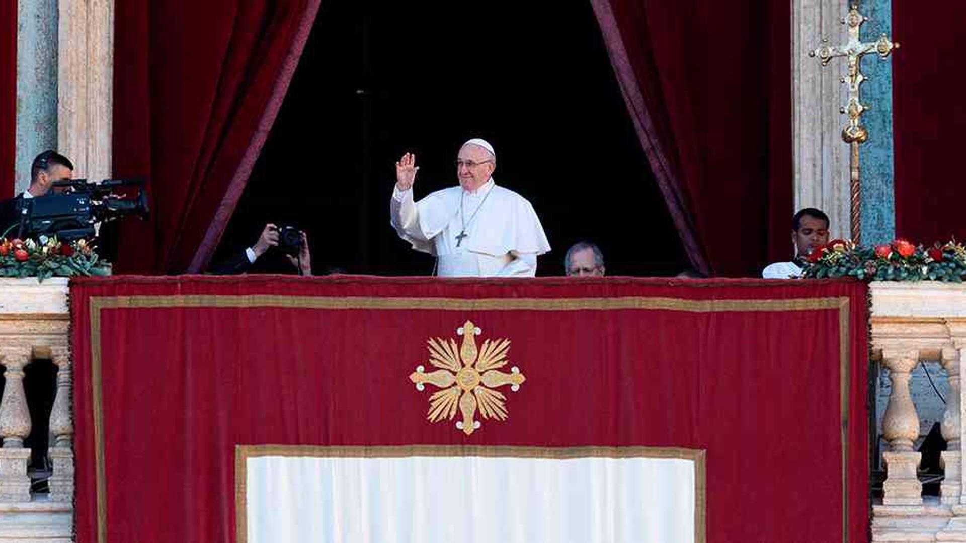 El Papá duró media hora encerrado en un ascensor en el Vaticano.