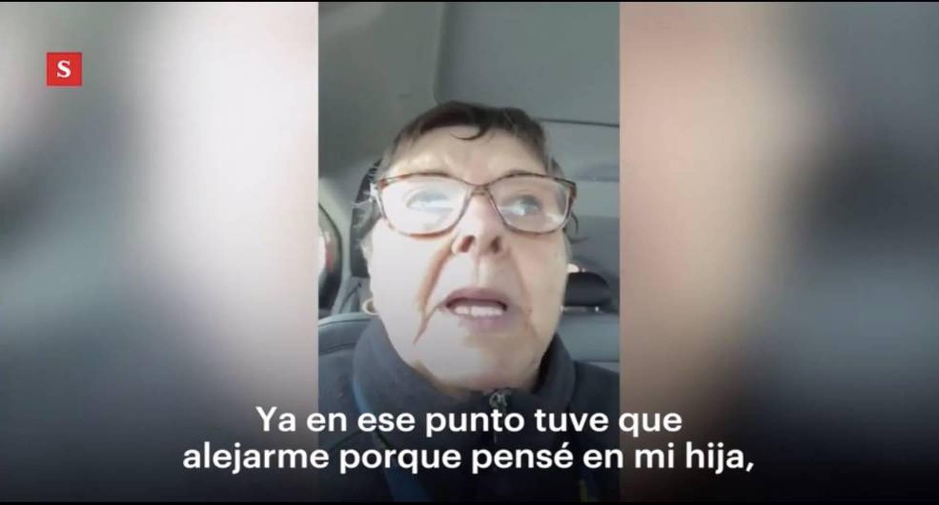 En video: abuela se enoja con mujeres que se burlaron del coronavirus.