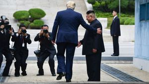 Trump se convirtió en el primer presidente de EE.UU. en cruzar la línea divisoria entre Corea del Norte y del Sur.