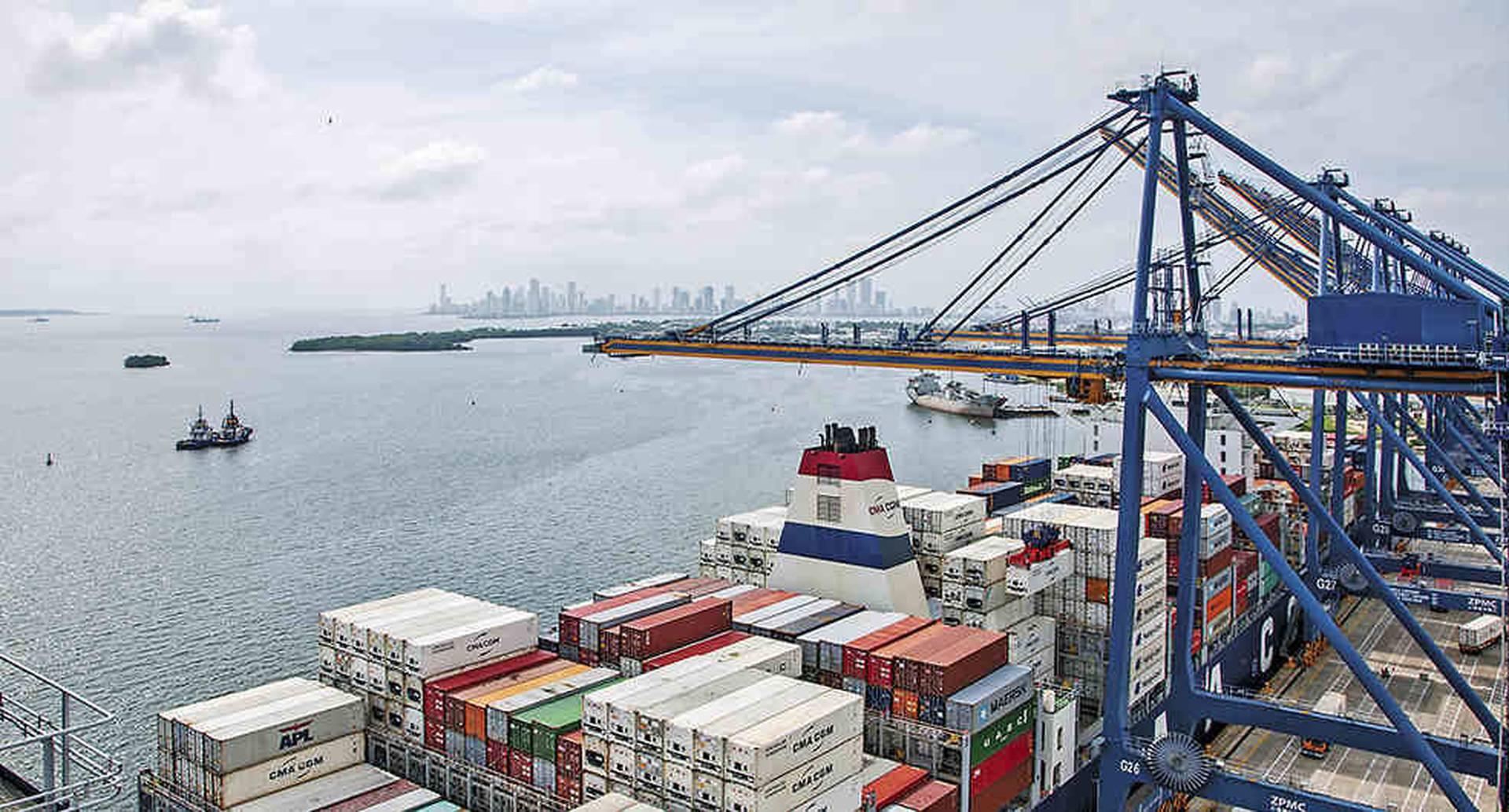 El Gobierno sabe que debe incrementar las exportaciones. En febrero lanzará un programa para impulsar las ventas externas.