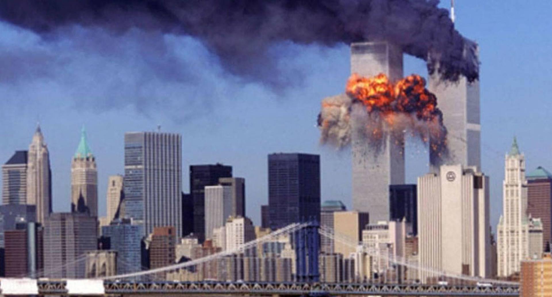 El atentado a las Torres Gemelas dividió la política exterior de Estados Unidos en dos.