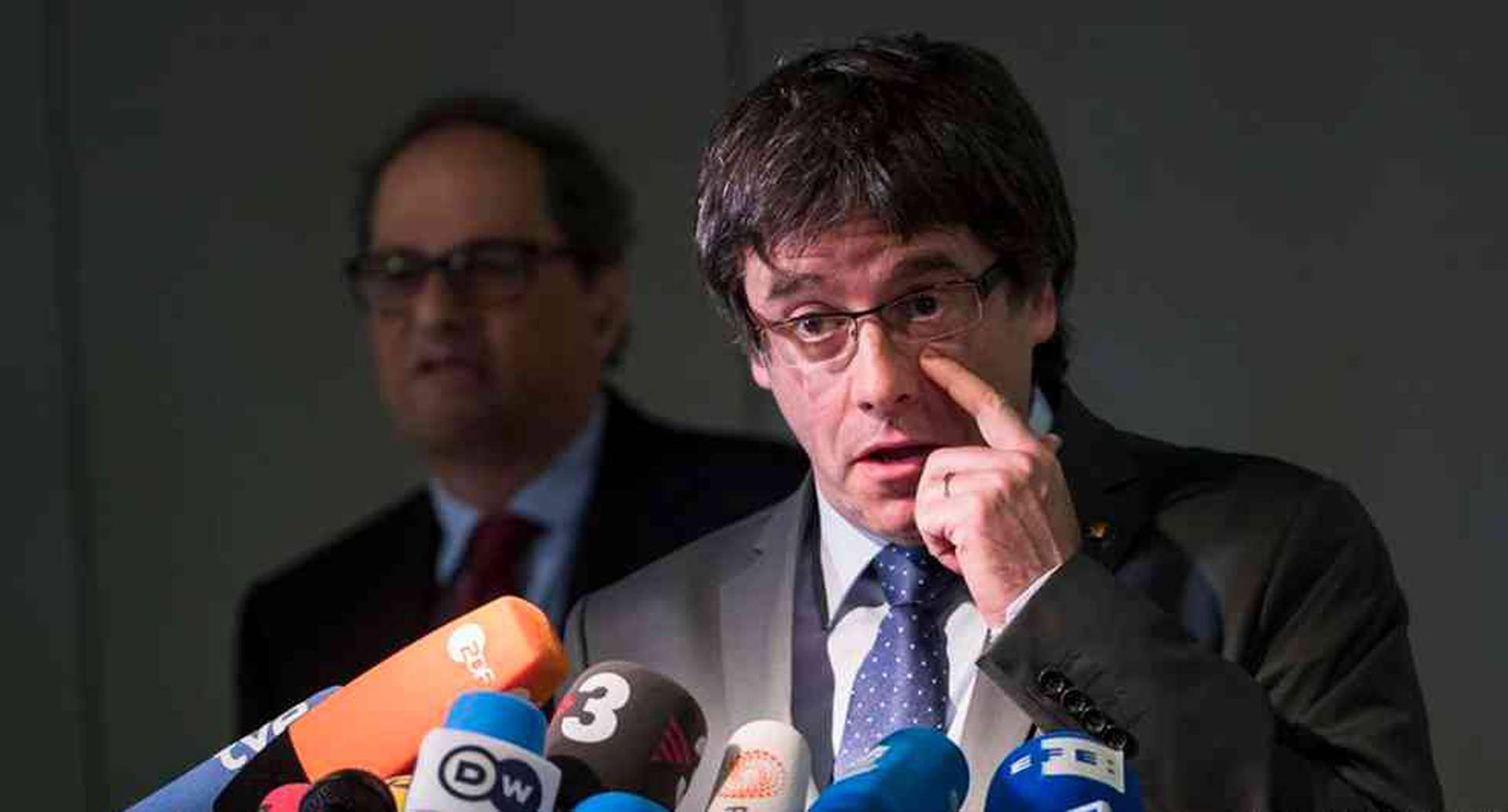 Puigdemont pidió revocar la prisión preventiva a los soberanistas presos.