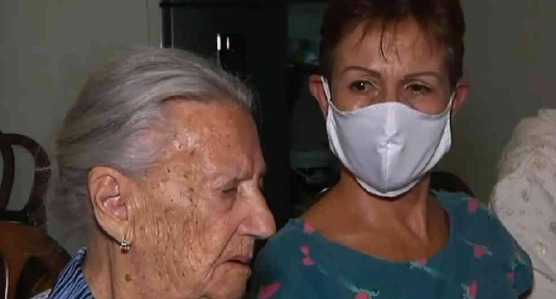 Captura de video / Coronavirus: abuela de 103 años crea empresa en cuarentena