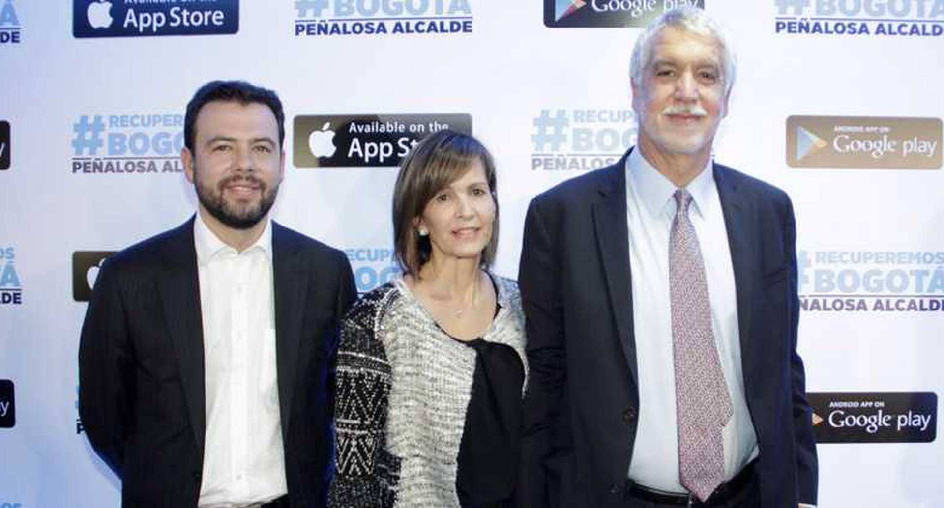 Carlos Fernando Galán, Liliana Sánchez y Enrique Peñalosa.