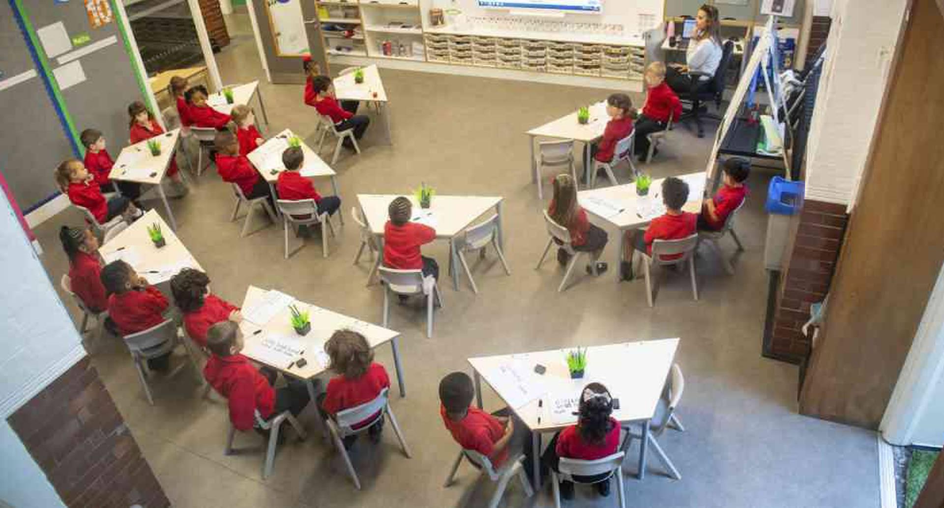 Unesco: solo un tercio de alumnos del mundo vuelve al colegio por covid-19