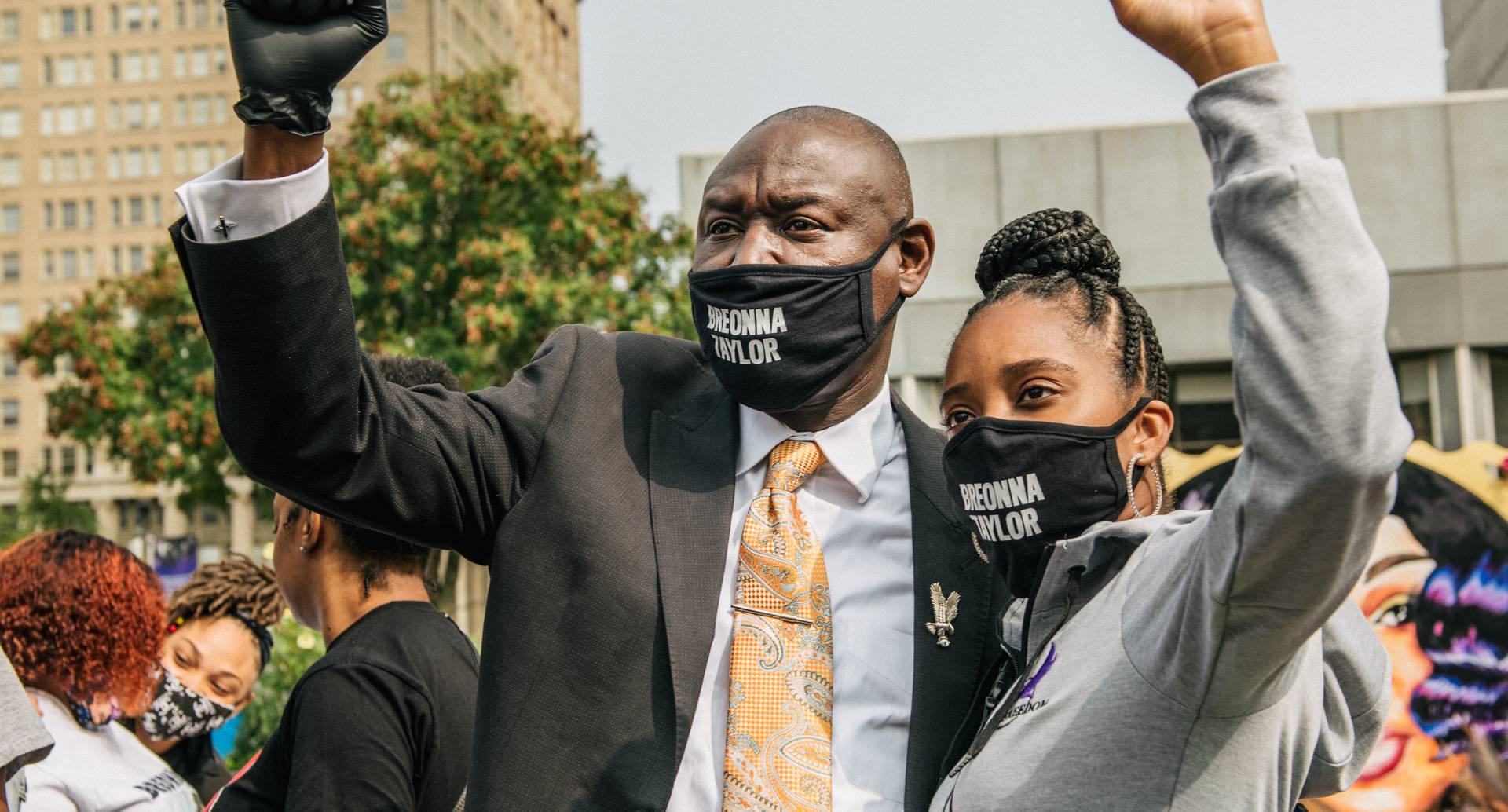Millonaria indemnización por muerte de mujer negra a manos de Policía en EE.UU.