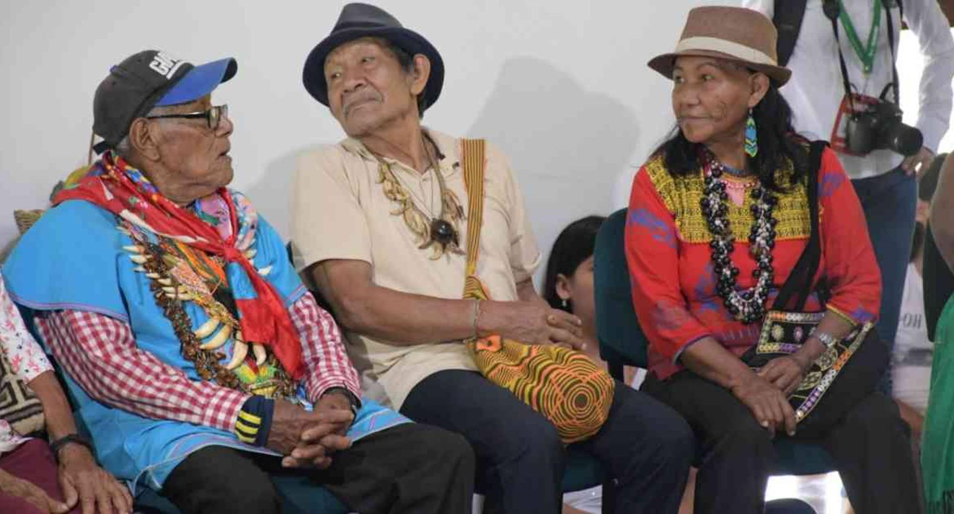Los abuelos y abuelas indígenas basaron sus peticiones en el mandato ancestral y el incumplimiento del Gobierno a sus derechos. Foto cortesía: Ficamazonía.