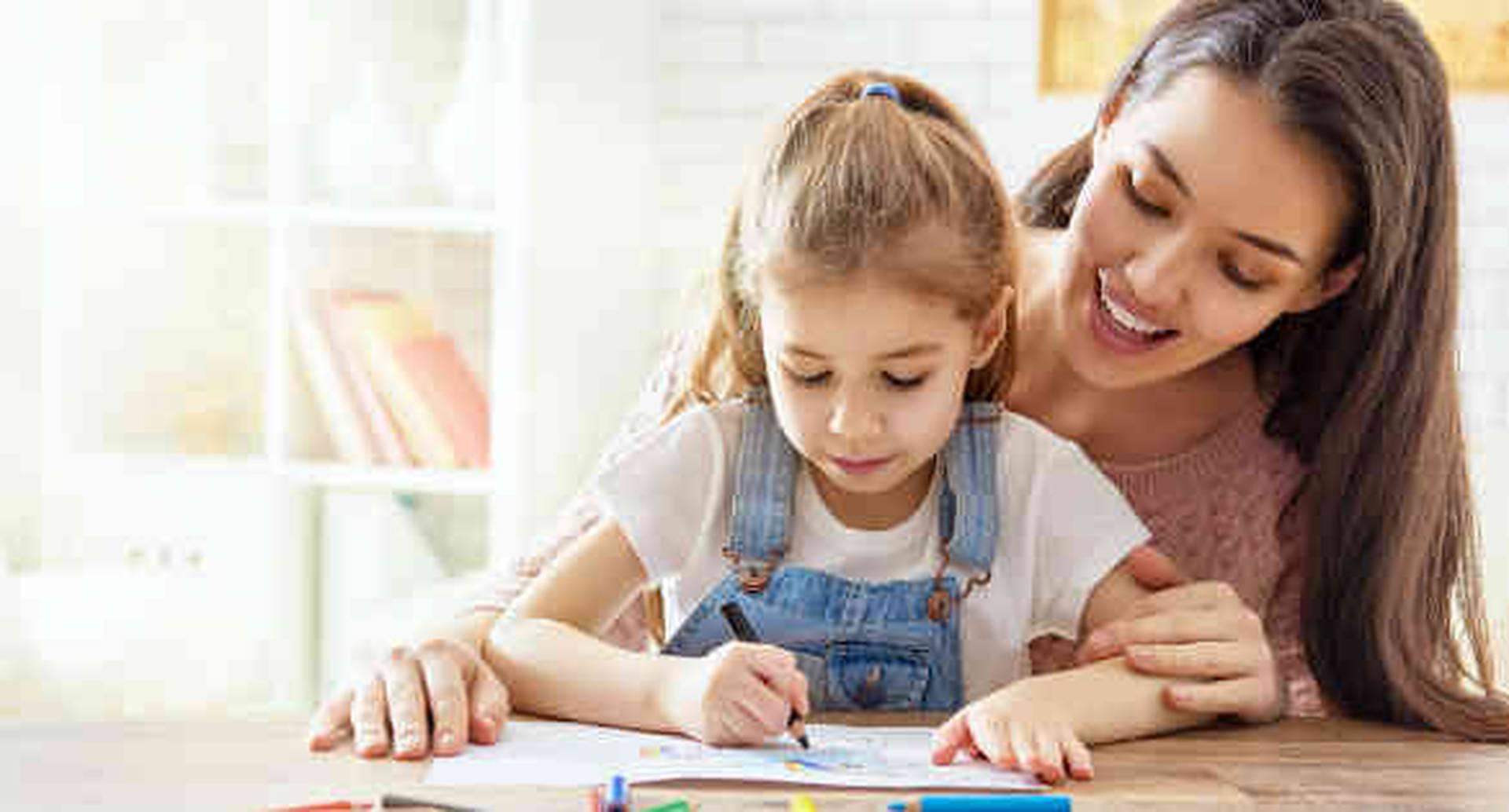 Desde que son pequeños los papás pueden estimular creencias y valores que estén alineados con el conocimiento.