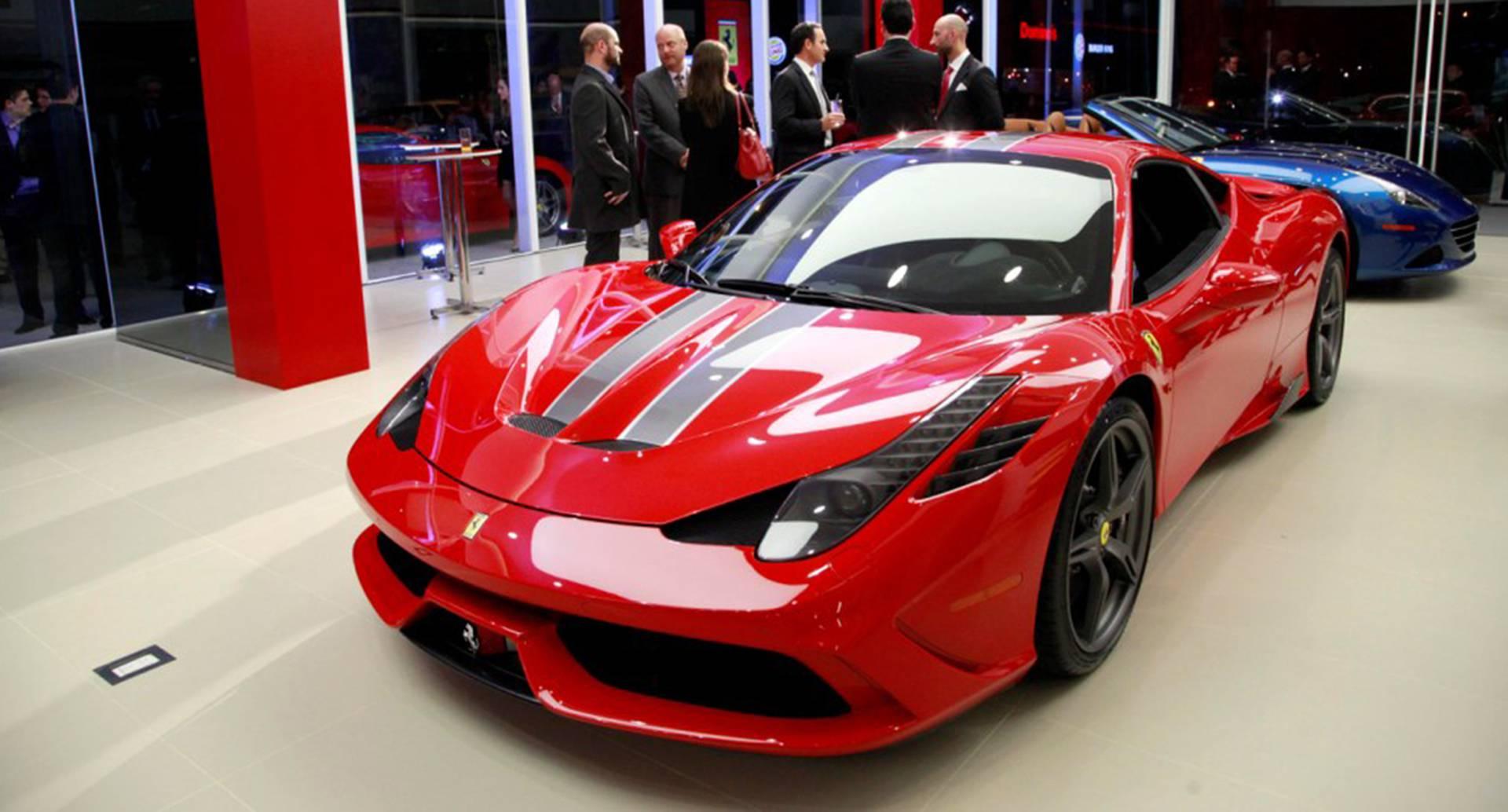 El 458 Speciale. Tiene una potencia de 605 caballos de fuerza a 9.000 rpm, una velocidad máxima de 325 km/h y aceleración de 0-100 km/h en 3.0 segundos(Foto: Cortesía Ferrari)