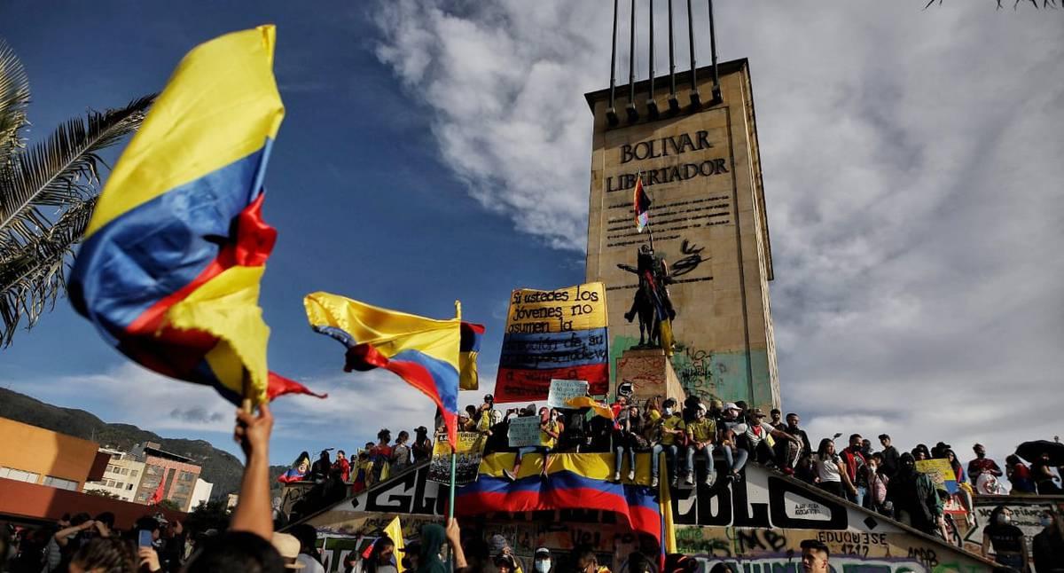 En imágenes | Las manifestaciones pacíficas de Bogotá durante el paro  nacional el 19 de mayo