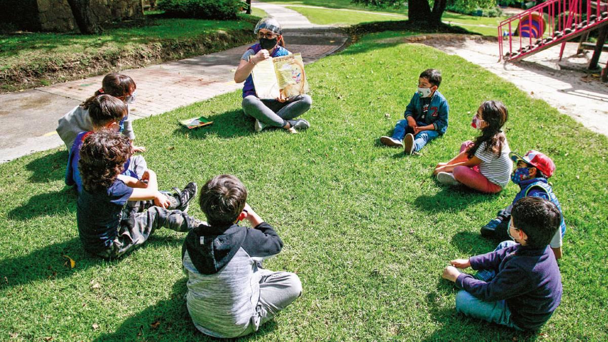 La realidad del regreso a clases no es igual. En algunos colegios hay avances y los niños han podido retomar sus actividades mientras minimizan el contagio.