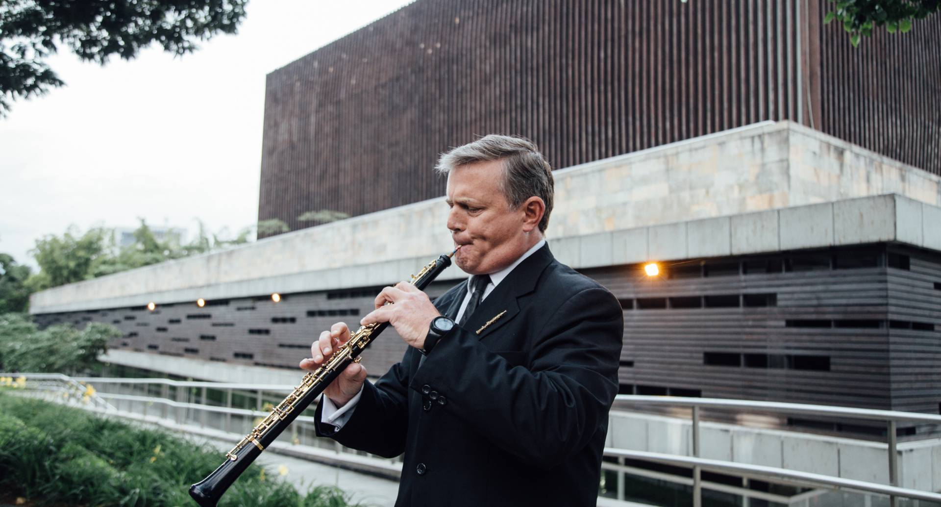 Jaime Martínez es maestro en oboe y hace parte de la Orquesta Filarmónica de Medellín desde el año 2015.