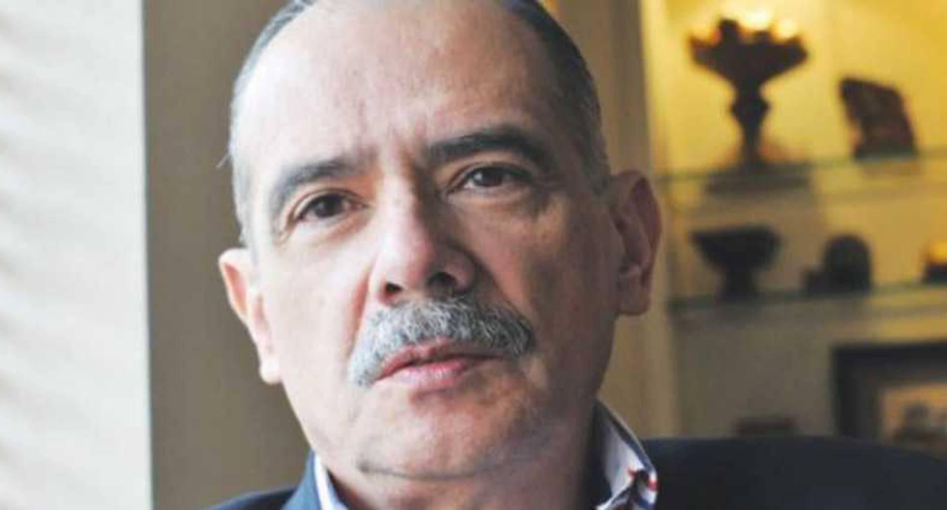 Juez 44 Civil del Circuito de Bogotá ordenó el arresto del periodista Gonzalo Guillén.