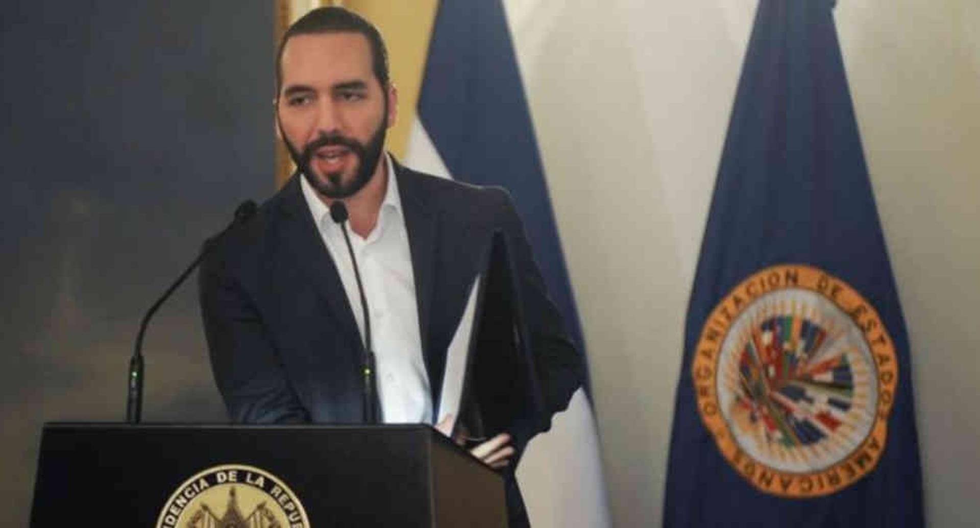 El gobierno de Bukele otorgó a los diplomáticos venezolanos un plazo de 48 horas para abandonar el país.