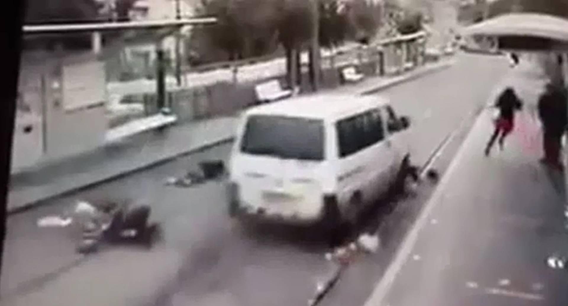 Las autoridades israelíes reforzaron nuevamente este jueves las medidas de seguridad en Jerusalén, un día después de disturbios y de dos atentados con coches conducidos por palestinos.