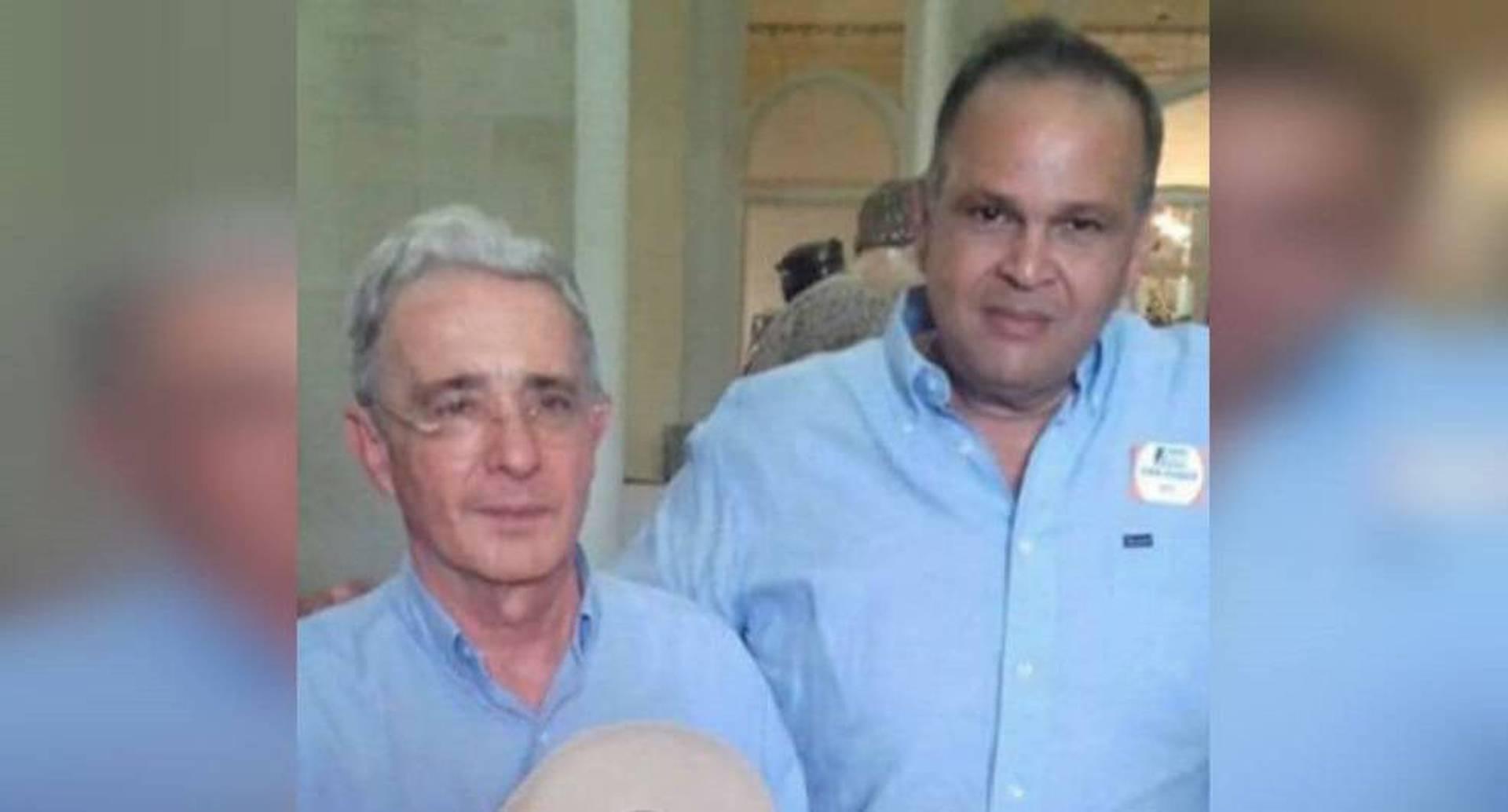 La hipótesis de la investigación de la Corte contra Uribe es que el expresidente habría dado la orden para la compra de votos en la costa a favor de la campaña de Iván Duque. Por eso es clave indagar el rol de Caya Daza en todo el asunto.