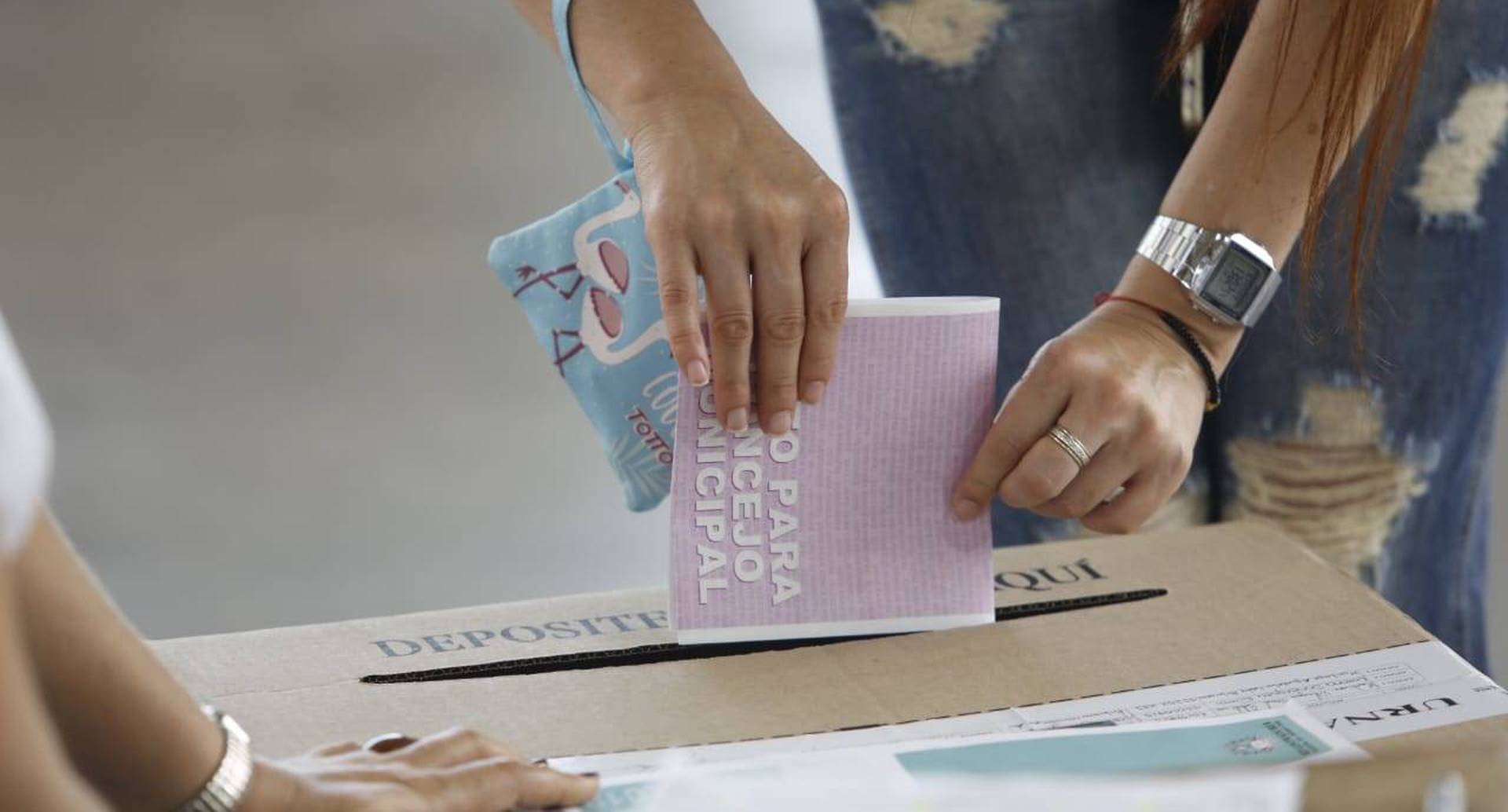 Los colombianos votaron en una jornada que se caracterizó por su tranquilidad en todo el país.