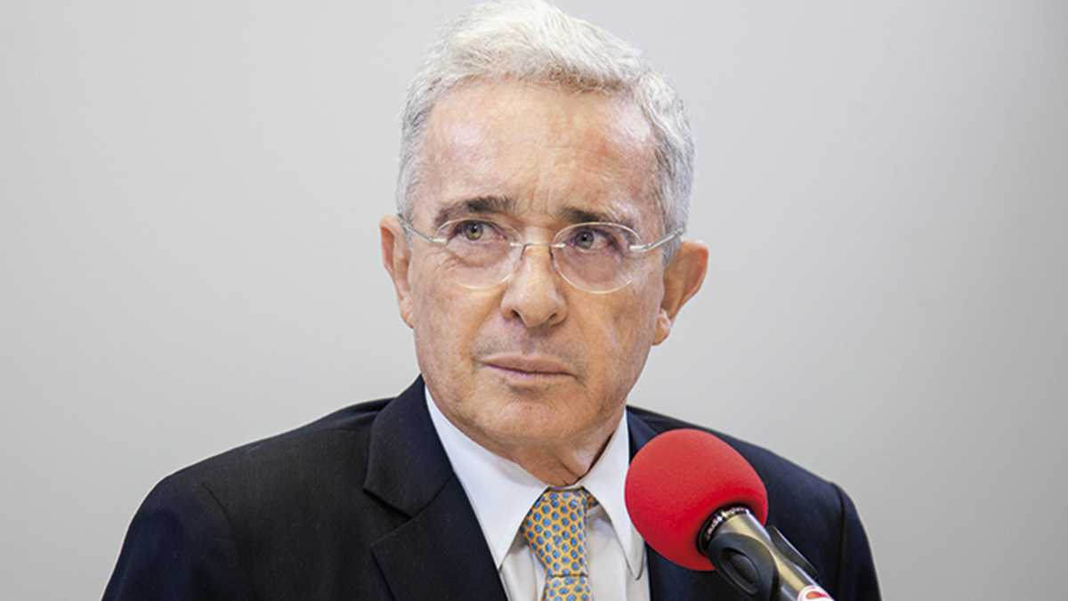 Expresidente Álvaro Uribe no asistirá a la Comisión de la Verdad
