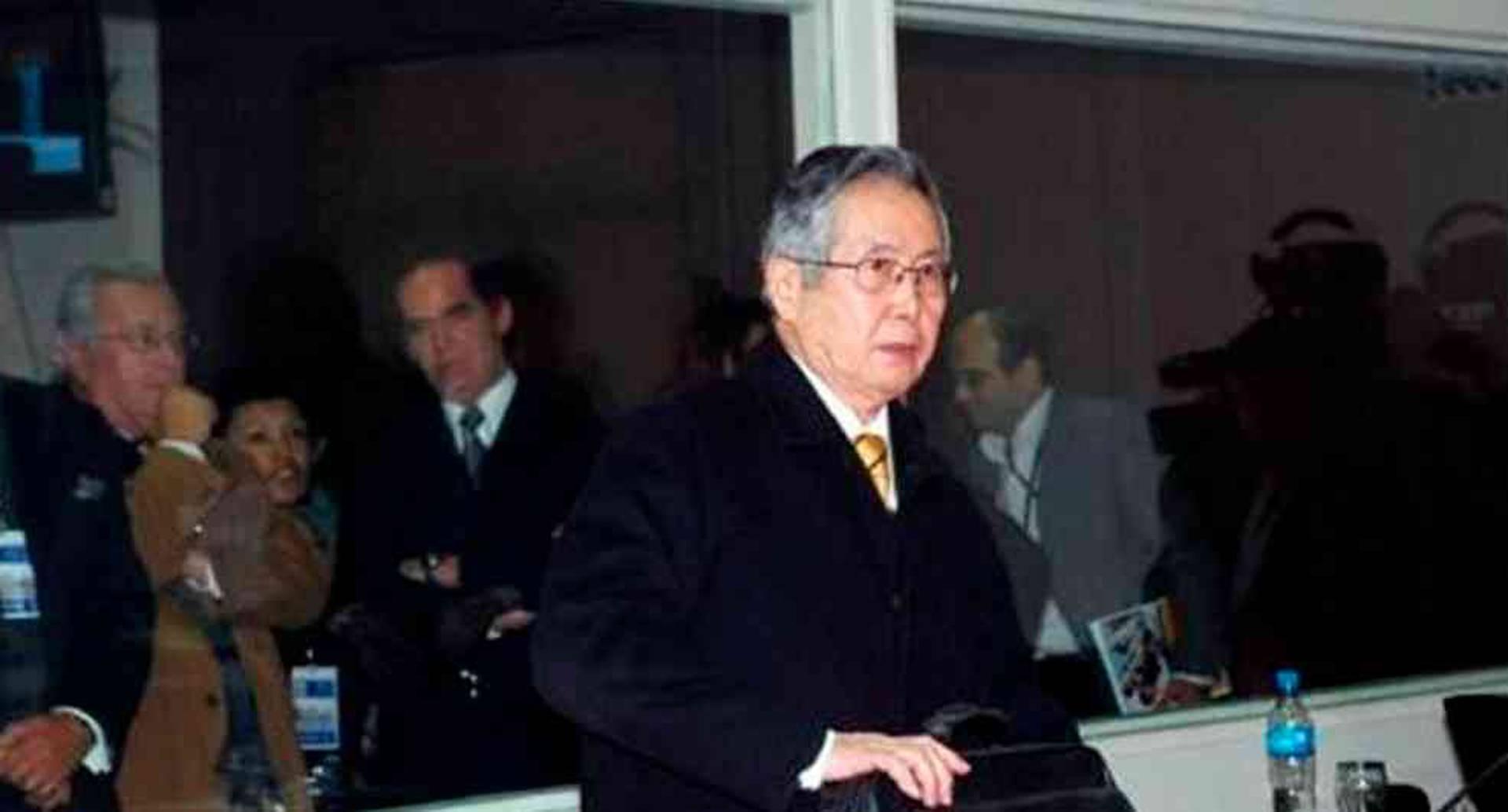 El expresidente peruano Alberto Fujimori fue condenado por usar dinero del Estado para financiar una guerra contra los opositores en su intento de reelección en el año 2000.
