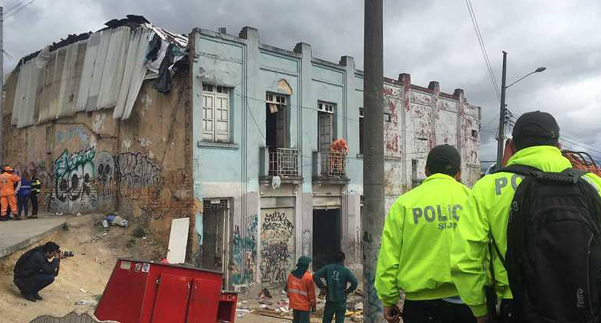 Al menos 800 agentes adscritos a la Policía Metropolitana participaron en el operativo.