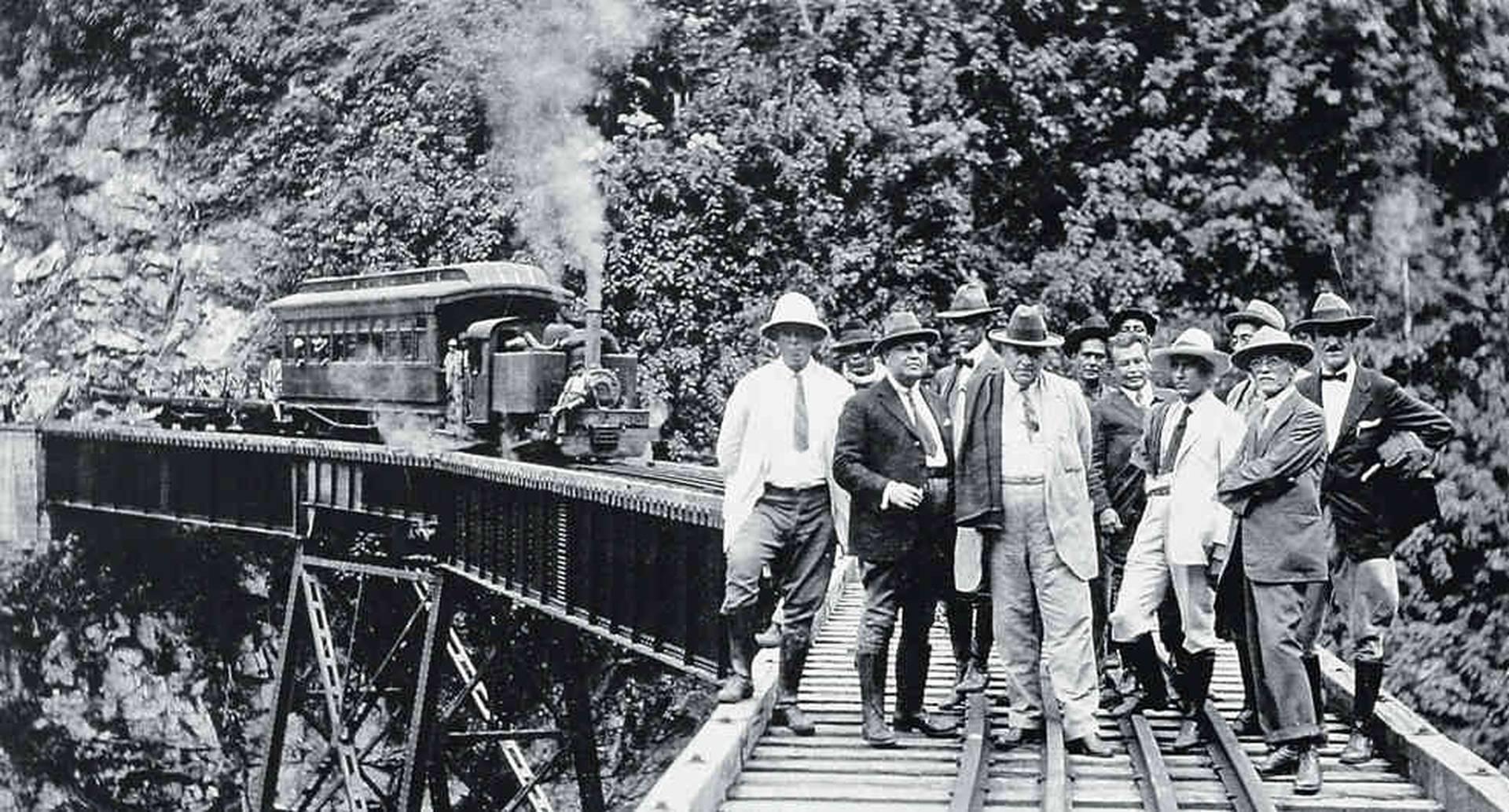 En 1923 el Ferrocarril de Amagá fue vendido al departamento de Antioquia.