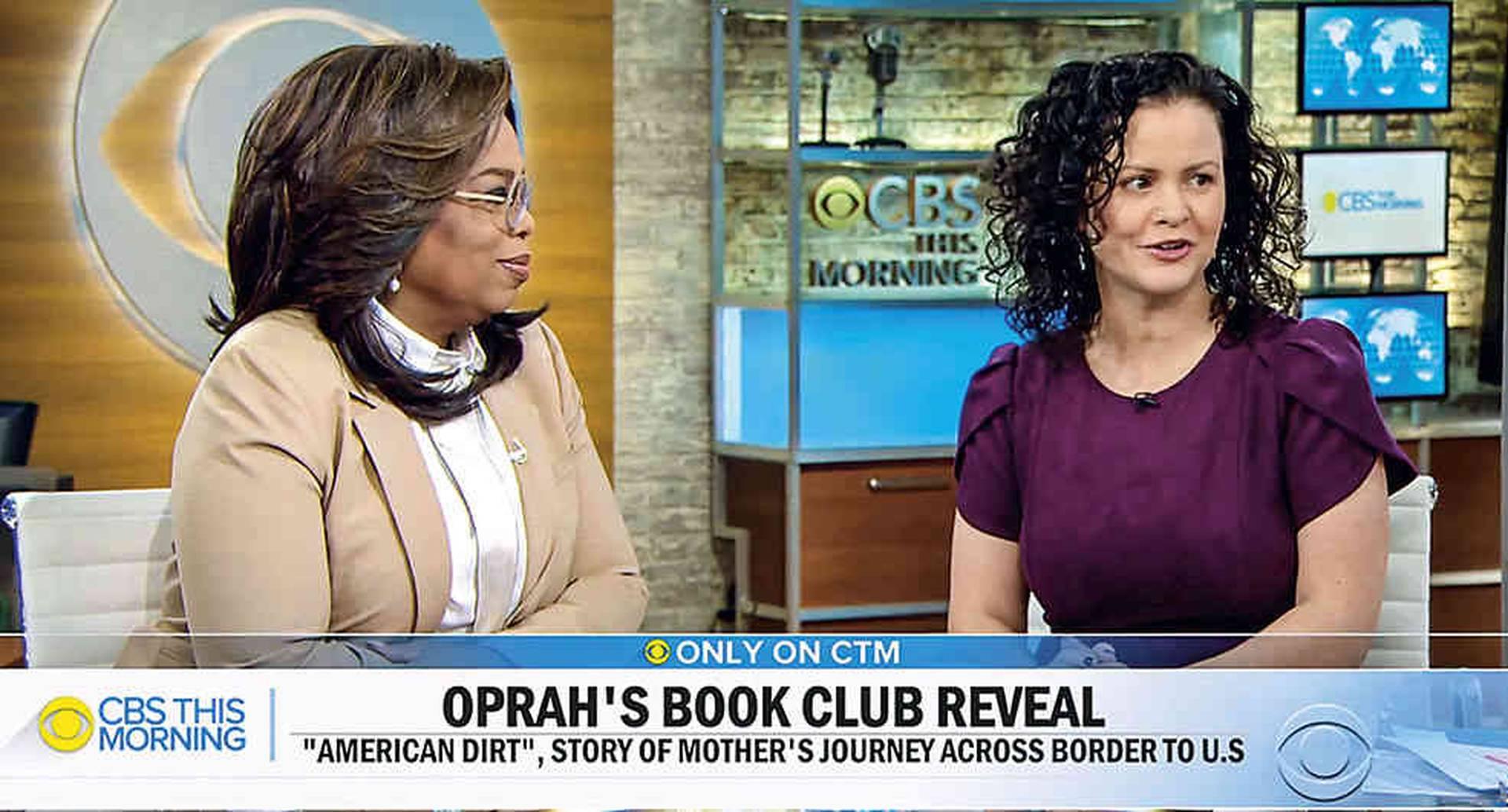 La escritora Jeanine Cummins vivió el mejor día de su vida cuando recibió la llamada de Oprah Winfrey para anunciarle que recomendaría su libro. Esa exposición sumada a una expectativa ya grande le trajeron más problemas que alegrías.