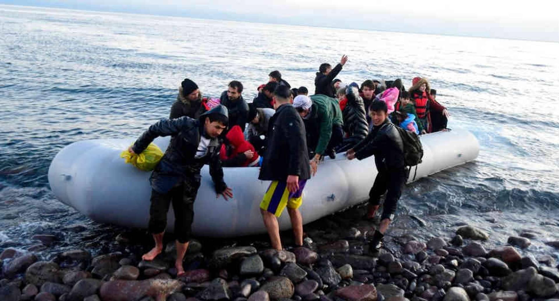 Se espera la llegada de unos 13.000 sirios a las costas griegas en los próximos días.