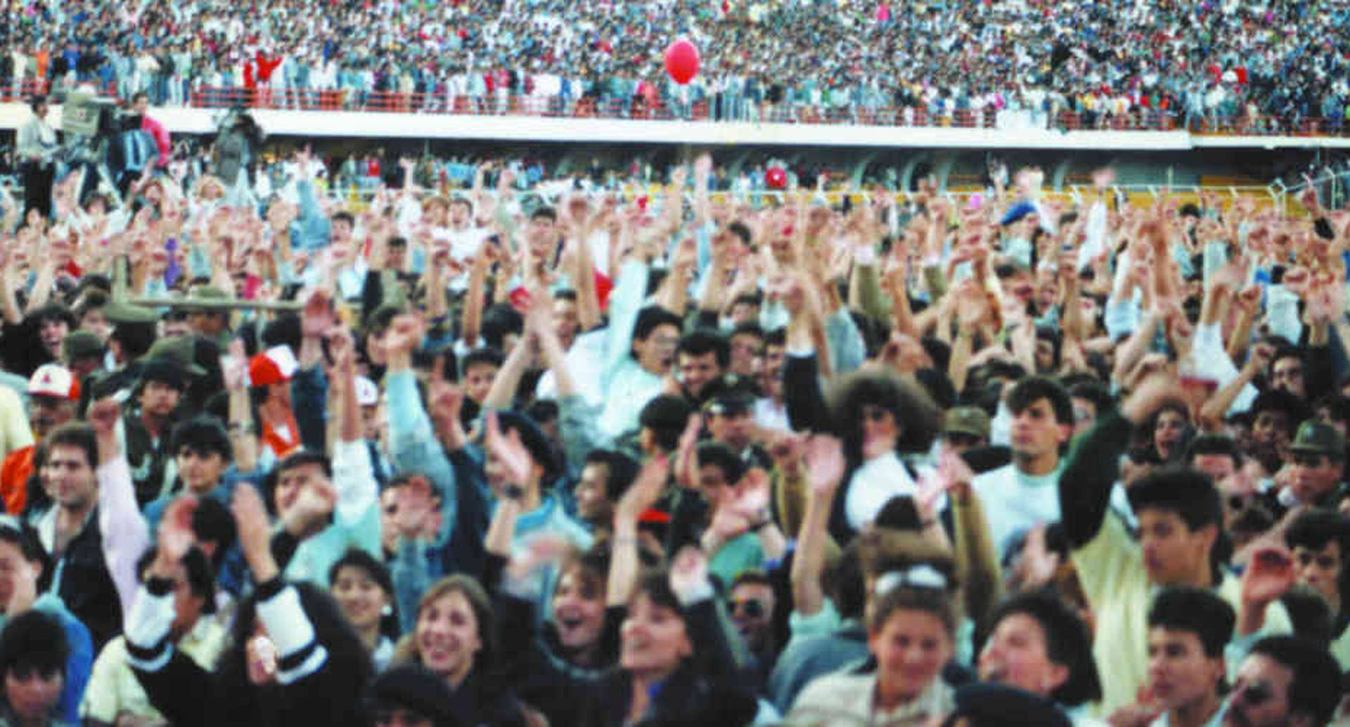 Se estima que ese 17 de septiembre, unas 70.000 personas asistieron al Concierto de Conciertos.