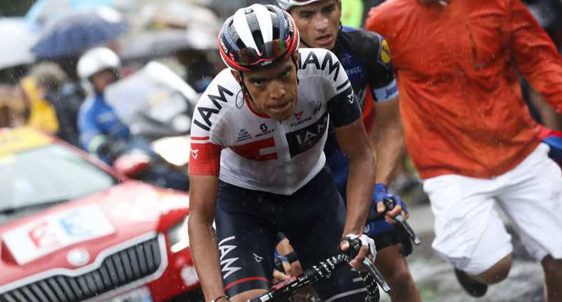 Ciclista colombiano Jarlinson Pantano da positivo por EPO y es suspendido.