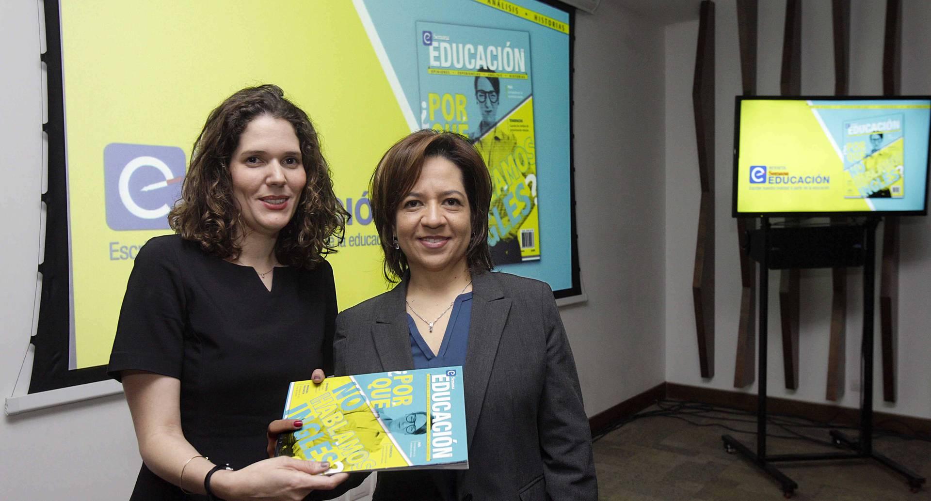 Andrea Escobar y Natalia Ariza, viceministra de educación superior.