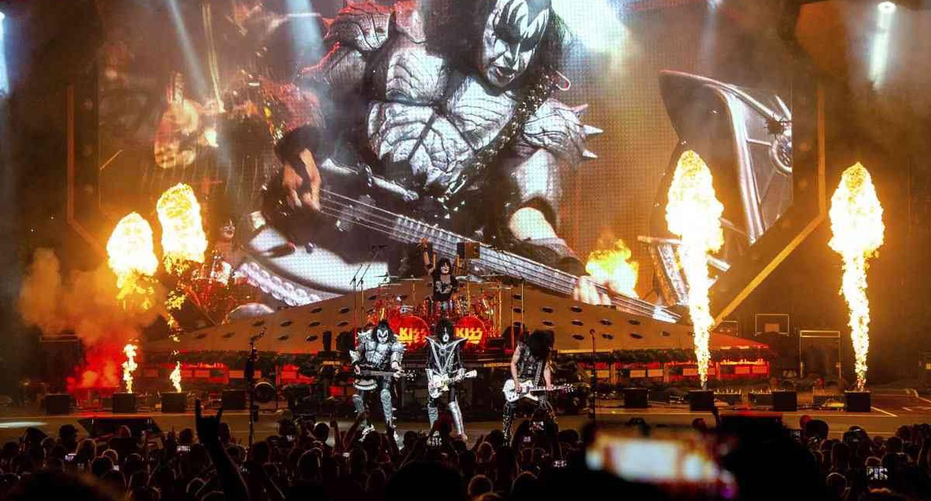 Gene Simmons, Eric Singer, Paul Stanley y Tommy Thayer de Kiss se presentan en el Riverbend Music Center en Cincinnati, el jueves 29 de agosto de 2019. (Foto de Amy Harris / Invision / AP)