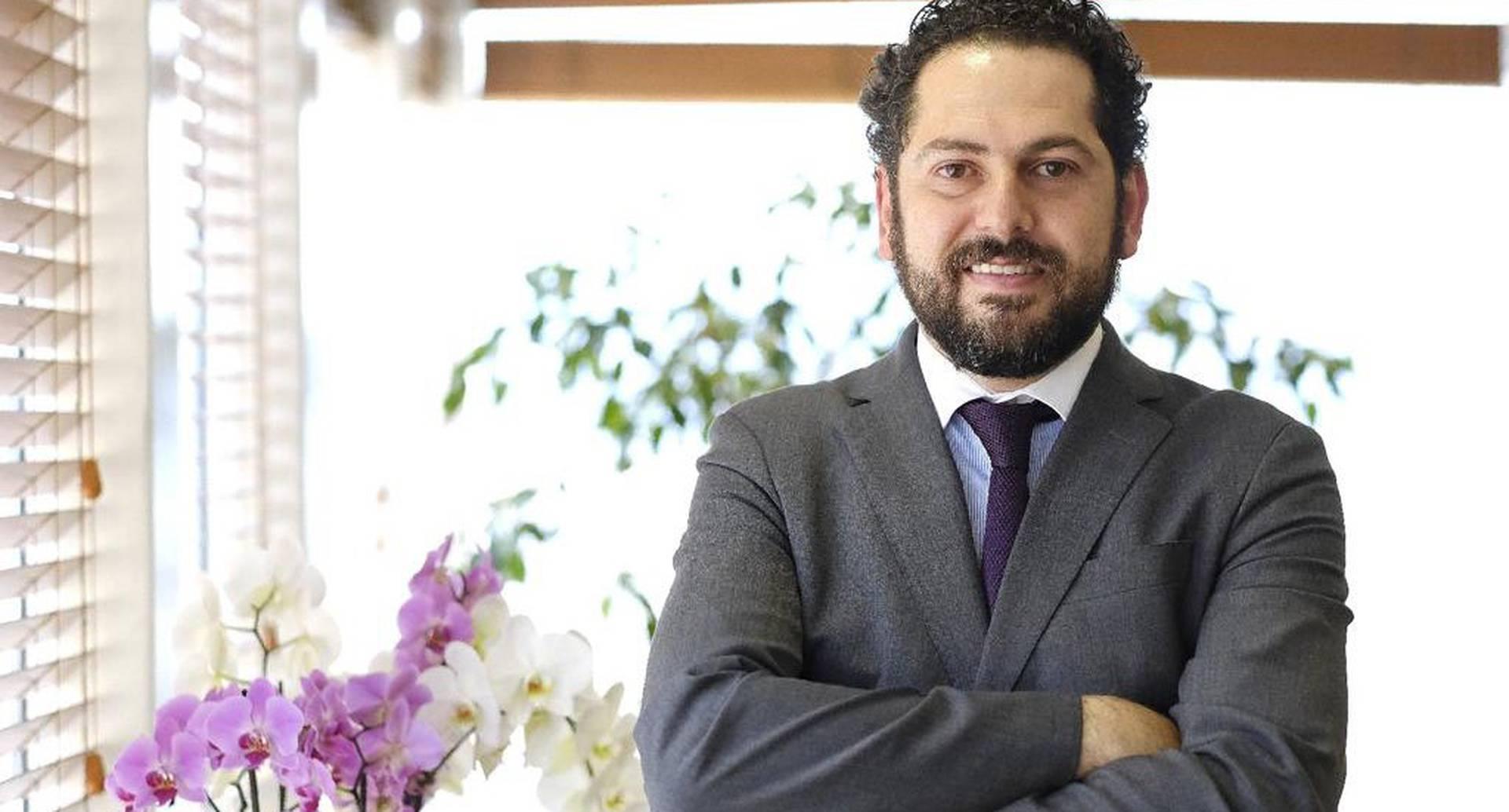 Lucas Gómez , nuevo gerente de Fronteras