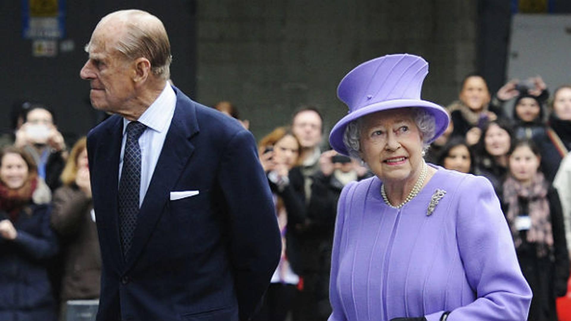 La Reina Isabel ll al lado de su esposo el Duque de Edimburgo.
