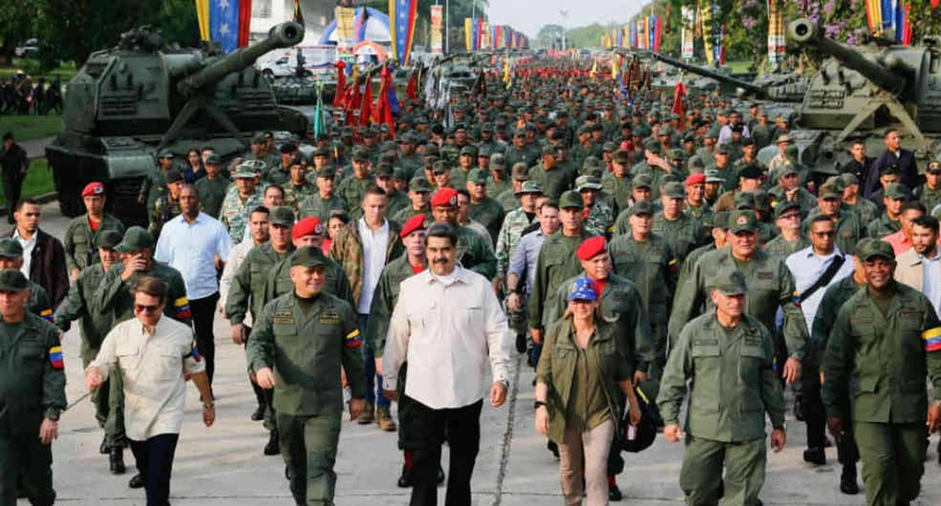 Venezuela asegura que 160 militares tienen covid por frontera con Colombia/ Foto: AFP