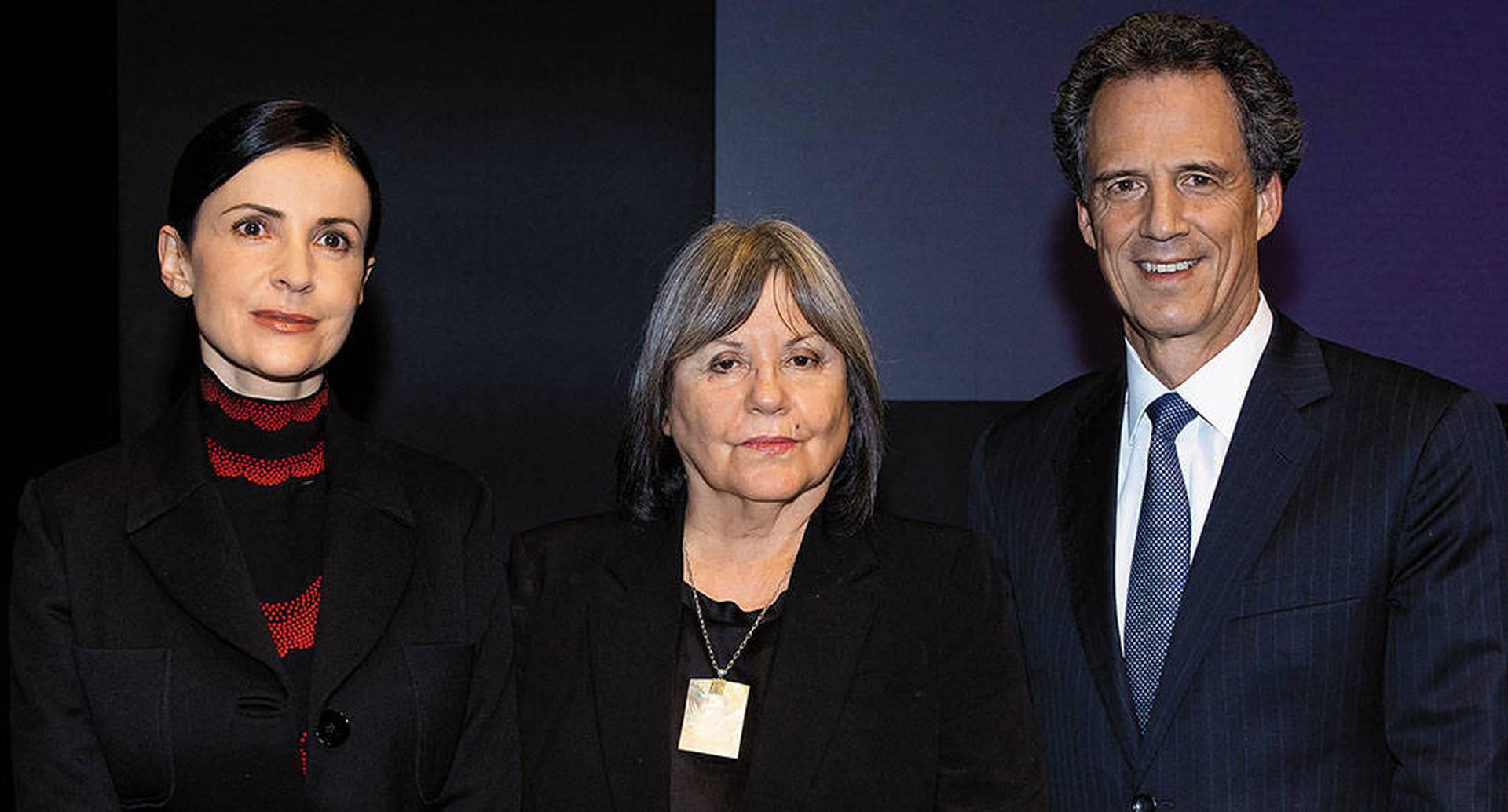 Silvia Martínez, Diamela Eltit y Miguel Cortés Kotal.