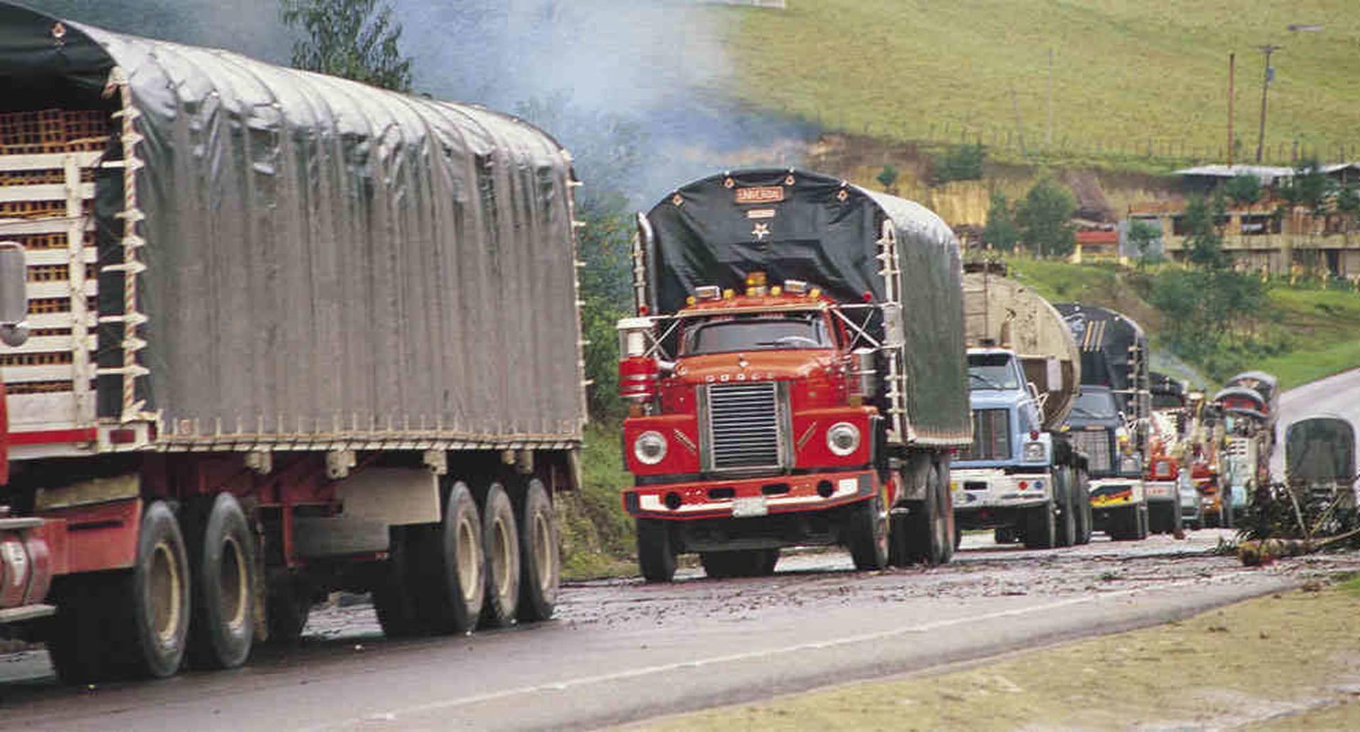 Los camiones han seguido rodando en cuarentena para asegurar sobre todo que los colombianos tengan alimentos y medicamentos.
